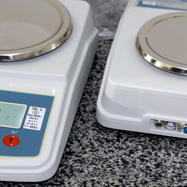 Лабораторні ваги ТВЕ з USB-портом